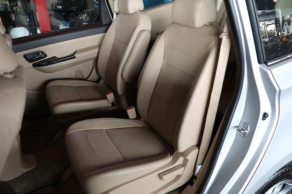 wuling-confero-rear-seats-922732